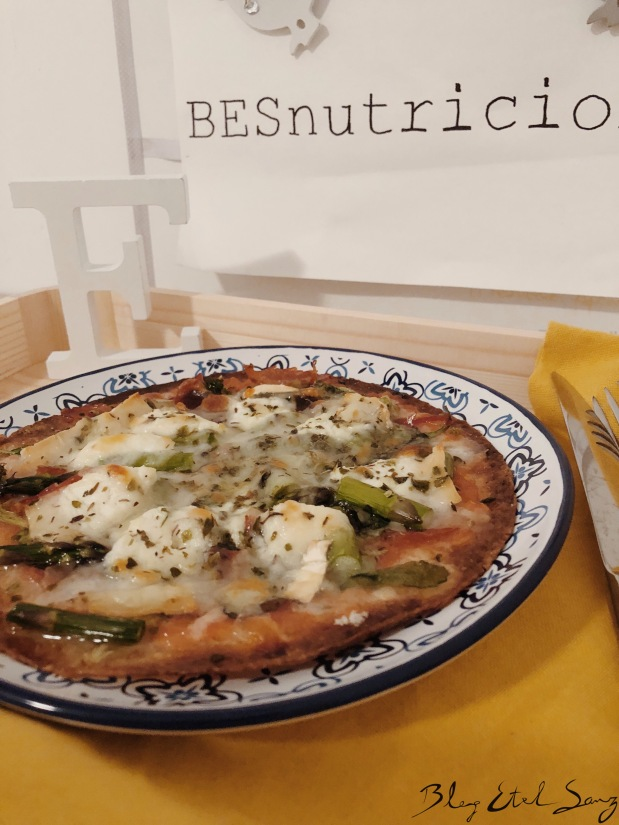 Pizza con cortitas integrales